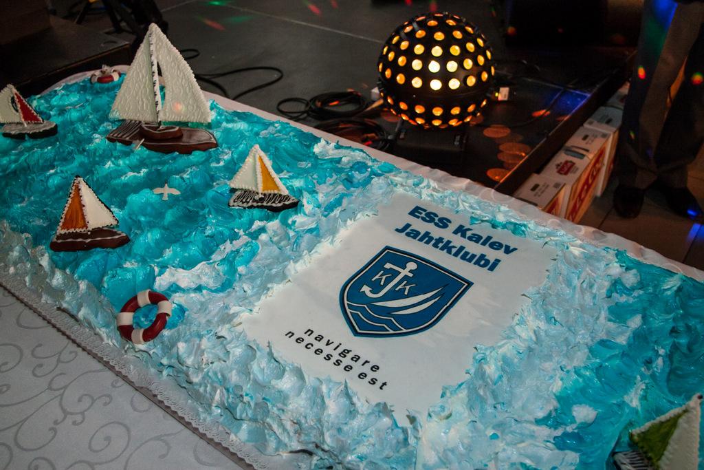 Kalev Jahtklubi 2014 hooaja lõpetamine_lõpupeo uhke tort Reval Cafe-lt