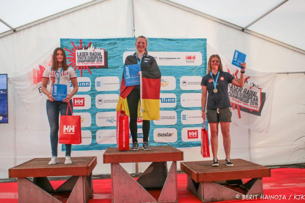 U17 neidude esikolmik - Laser Radial Noorte Euroopa Meistrivõistlused 2016 - 14.08.2016 - foto Berit Hainoja/KJK