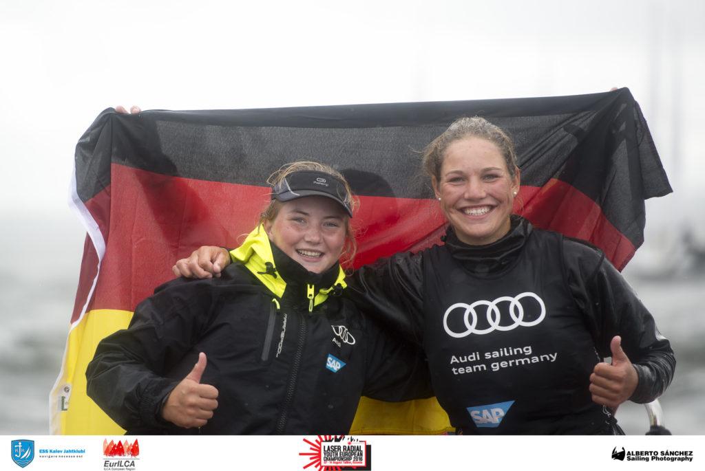 U17 ja U19 Euroopa meistrid Laura Schewe ja Hannah Anderssohn Saksamaalt - Laser Radial Noorte Euroopa Meistrivõistlused 2016 - 14.08.2016 - foto Alberto Sanchez