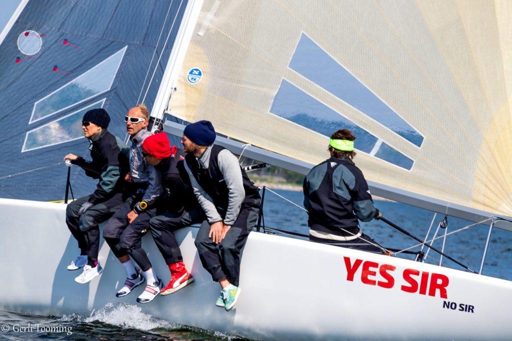 Yes Sir No Sir koosseisus Tõnis Haavel, Erki Teras, Eerik Luka, Ilmar Kompus ja Anu Reiman - foto Gerli Tooming