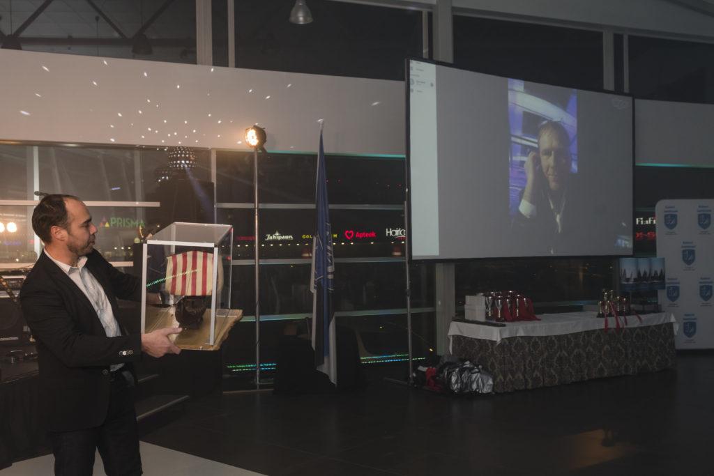 Baltic Sea Solo Race sarja LYS1 grupi võitja Ülar Mark jahiga Helin lausus oma tänusõnad berliinist Skype vahendusel - foto Aleksandr Abrosimov